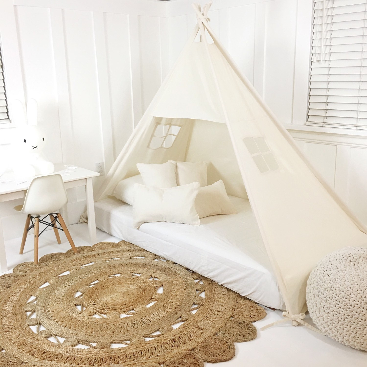 play tent canopy bed in natural canvas. Black Bedroom Furniture Sets. Home Design Ideas