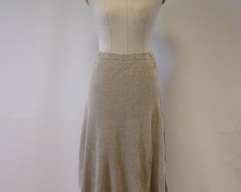Casual taupe skirt, M size. Made of pure linen.