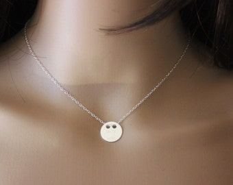 """Silver necklace engraved round medal """"MAKE A WISH"""" - minimalist necklace - silver medal - silver choker - medal necklace - engraved medal"""