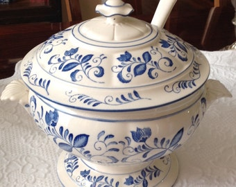 Blue and White Soup Tureen with Ladle in Old Paris Style