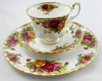 Royal Albert Old Country Roses Trio, Tea Cup, Saucer and Plate, Vintage Bone China