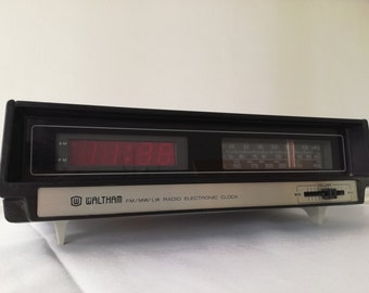 Vintage Waltham Mains LED Alarm Clock Radio Fully Working  1970 - 1980's - very good condition