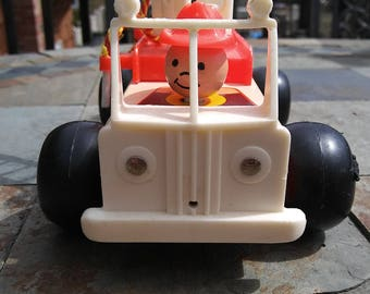 Vintage 1968 Fisher Price Fire Engine