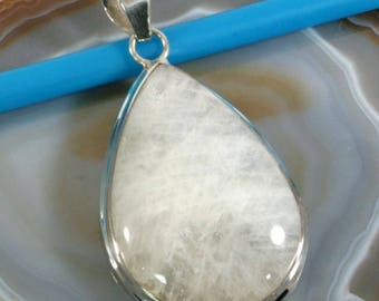 Moonstone in 925 sterling silver pendant - 6342