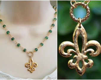 Fleur De Lis Pendant Necklace.Green Jade Stone.Beaded Necklace.Metal plated in 24K Gold.Statement.Infinity.Choker Necklace.Bridal.Handmade.