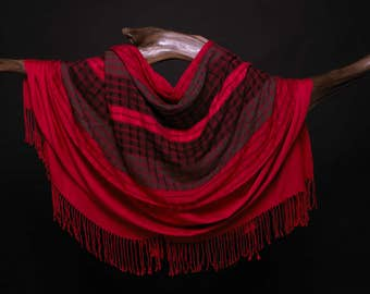 Red and Black Wrap