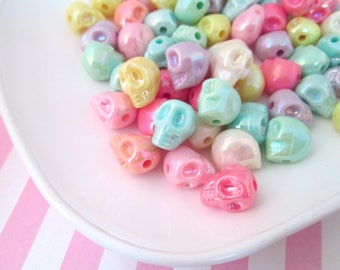 25 Multicolor Iridescent Pastel Skull Beads #442