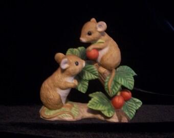 "Home Interiors ""Tiny Tales"" Figurine"