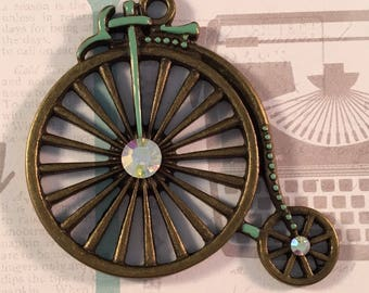 1 Large Old Fashioned Bicycle Pendant - Vintage Style Penny Farthing - Mint Green w Rhinestones - Antique Bronze Tone Metal Charm
