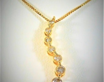Sparkling 14k Gold and Diamond Pendant Necklace