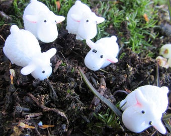 Pack of 5 Miniature Sheep for Fairy Gardens