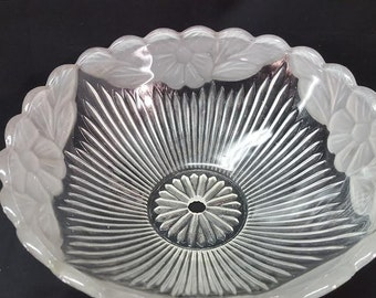 vintage  clear and frosted ribbed and  frosted floral edge  center post mount  light cover  12 inches
