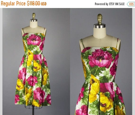 SALE 15% STOREWIDE 1950s floral cotton sundress/ 50s beaded party dress/ extra small xs
