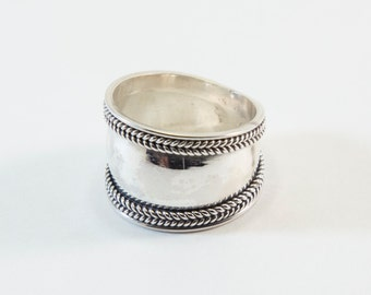 Rope Pattern Silver Band Ring