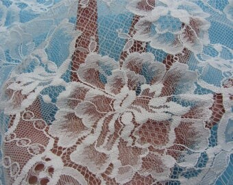 Chantilly Lace fabric off white for Shawls, Mantilla, Victorian Gowns, Lingerie -1meter-T052