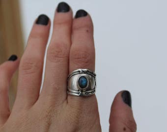 Sterling Silver Spoon Ring ft Labradorite // Ring size 6.25