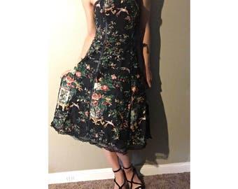 beautiful ribbed sleevless dress, great fabric !