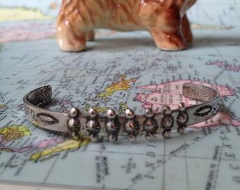 Bracelet Child Cuff Bracelet Sterling Silver Bracelet Vintage Zuni Native American Silver Small Cuff Bracelet