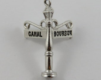 New Orleans Lamp Post on the Corner of Bourbon and Canal Street Silver Vintage Charm For Bracelet