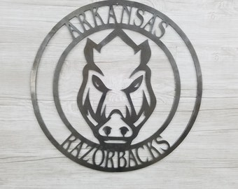 Arkansas Razorback Circle W/Razorback Face (Home Decor, Football, Sports, Wall Art, Metal Art, {Can Be Personalized})