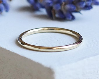 Gold Ring, Stacking Rings, 9ct Gold Ring, Solid Gold Ring, Dainty Ring, Gold Wedding Ring, Gold Stacking Ring, Gold Jewelry, 9ct Gold Band
