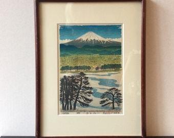 "Signed and framed Kanetaka Urata Woodblock print of Mt. Fuji ""Spring Breeze"""