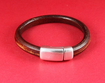 MADE in EUROPE zamak magnetic clasp, licorice cord magnetic clasp, licorice cord magnetic clasp, 10x6mm magnetic clasp (8361-0377) qty1