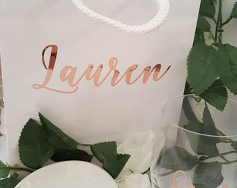 Small White Personalized Gift Bags or Plain White Gloss Gift Bags- Bridesmaid gift bags,wedding gift bag,family or friend gift bag