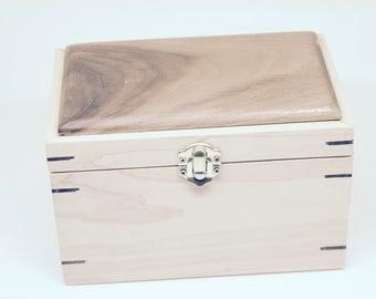 Simple Jewelry Box 2