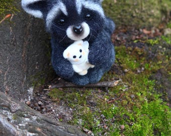 Needle Felted Raccoon Raccoon animal cute raccoon miniature raccoon Felt Raccoon Sculpture christmas