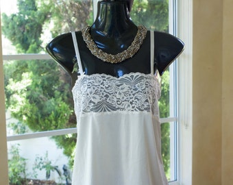 Vintage 1980s Lace and Nylon Camisole in Cream, Size 12-14 (372)