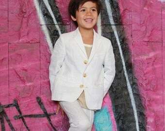 Boys wedding outfit/Kids seersucker suit/Toddler boy linen outfit/Slim fit summer suit/White linen suit/Tailored suit/Beach wedding suit