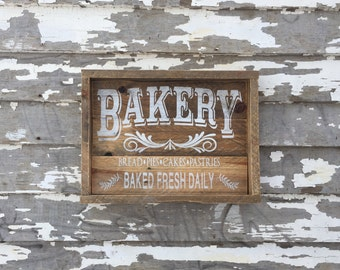 Bakery | Bread Pies Cakes Pastries | Pallet Sign | Wood Sign | Farmhouse Kitchen | Rustic Decor | Kitchen Decor | Country | Antique