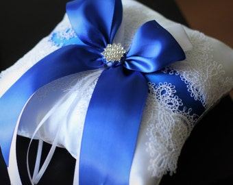 Blue Wedding Pillow \ White Lace Ring Bearer Pillow \ Royal Blue Bearer \ Royal Blue Wedding Ring Pillow \ Royal Blue Pillow \ Lace Pillow