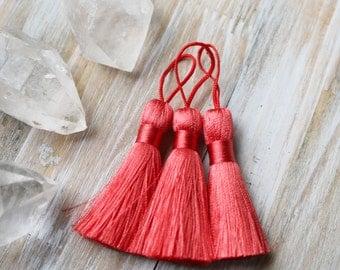 Watermelon Red Tassel, Red Tassel, Red Silk Tassel, Red Silk, Wholesale Tassel, Jewelry Tassel, Jewelry Making, Jewelry Supply,  AB019