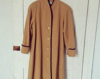 Mario De Pinto Vintage Wool Coat/ Designer Wool Coat Size Large/ 100% Wool Coat Tan Brown