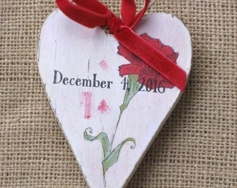 Custom Heart Ornament, Wooden Heart Ornament, Mother's Day Ornament, Red Carnation, Mothers Day, Valentine's Day Ornament, Gift for Mom