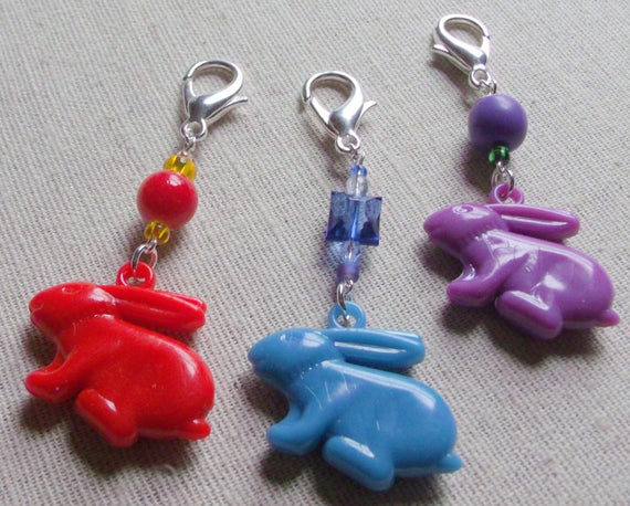 Easter bunny zipper pulls /tags, set of 3 or singles, acrylic bead bunny /rabbit charms,  basket add on , assorted colors, party favor, gift