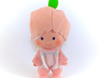 Vintage Strawberry Shortcake Apricot Doll COMPLETE Clothes Outtfit Hat Hopsalot Bunny Rabbit Baby 80s Pink Peach Original Retro Kawaii Chire