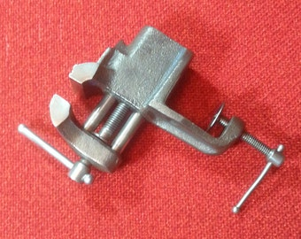 """Vintage Jewelers Vise Bench Vise Small 2"""" Home Essential Arts & Crafts Tool"""