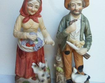 Porcelain Figurines - Pair Farm Lady and Man - Vintage HOMCO