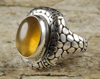 Size 8 AMBER Ring Sterling Silver Bezel Ring - Natural Amber Stone Cabochon J685