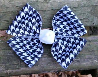 Black/White Pattern Hair bow (3.5 inch)