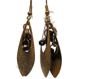 Yellow teardrop earrings / Dangle earrings / Gift for her / Dainty earrings / Glass bead earrings / Party earrings / Beaded earrings /