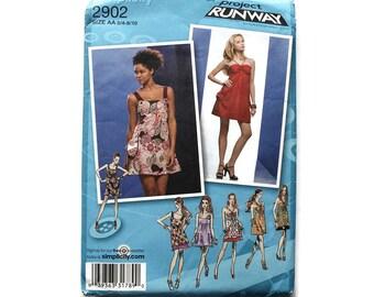 2000 Sewing Pattern - Simplicity 2902 - Halter Jumper Dress