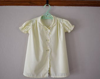 Vintage Yellow Daisy Baby Gown Size 12 Months - Vintage Clothing - Vintage Baby Clothes - Vintage Dress - Vintage Baby Girl Dress AS IS