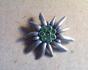 Brooch Edelweiss light green