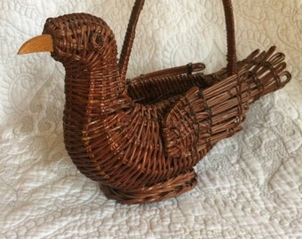 Vintage wicker brown Bird shaped basket - basket with handle - Made in china