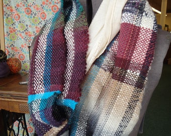 """handwoven, hand sewn infinity scarf """"Jeune Glace"""""""