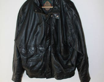 MEMBERS ONLY size L black leather jacket